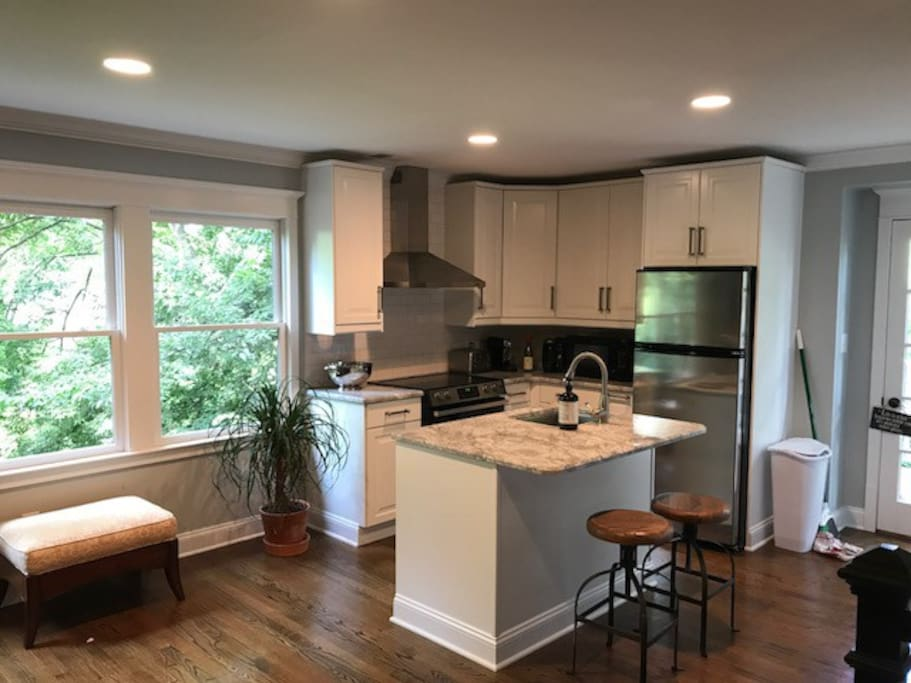 Full kitchen with pantry