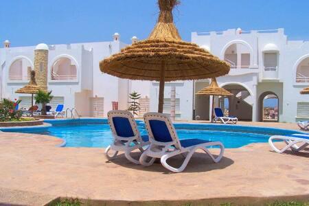 se rafraîchir p villa 2 niv solarium pisc jar gar - El Jadida - Ortak mülk
