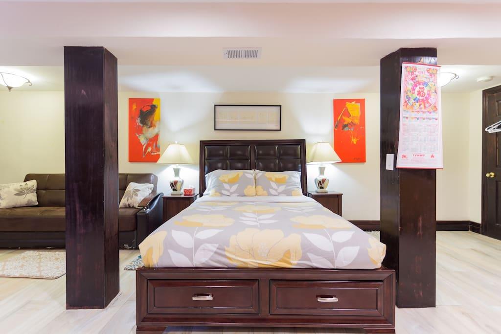 amazing 550 sq ft studio apartment apartments para alugar em brooklyn new york estados unidos. Black Bedroom Furniture Sets. Home Design Ideas