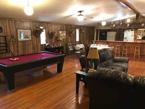 Illinois Hunting Lodge off Interstate 64