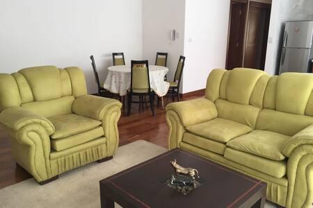 Apartamento 85 m2, Zona Norte de Cochabamba - 科恰班巴