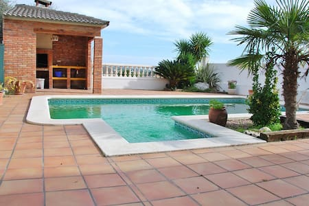 House for with panoramic sea views, private pool - Segur de Calafell