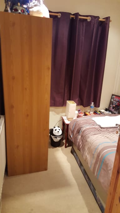 Single bed with electric blanket and wardrobe, stationary and tea/coffee/snacks
