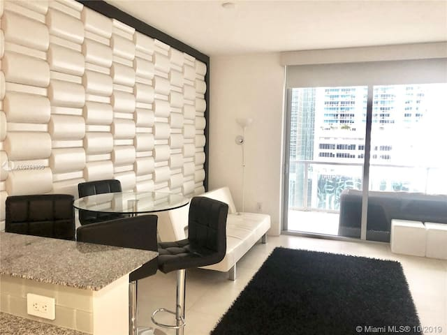 Clean and Superb, Fully Furnished Studio in the Heart of Brickell