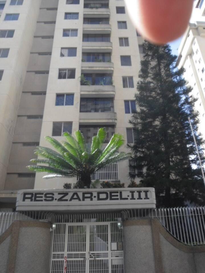 Apartamento amoblado Lomas del Avila, Caracas