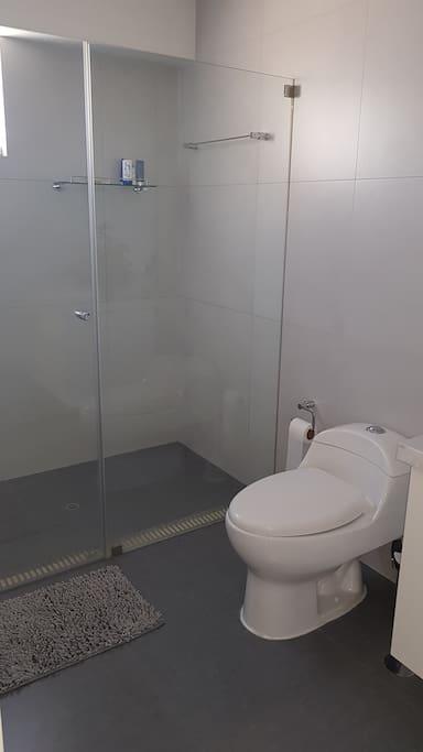 Baño privado habitación #1