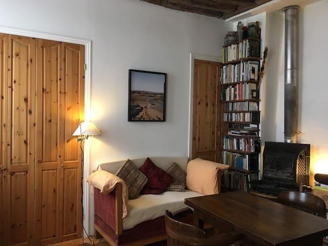Petit appartement charmant Bastille Gare de Lyon