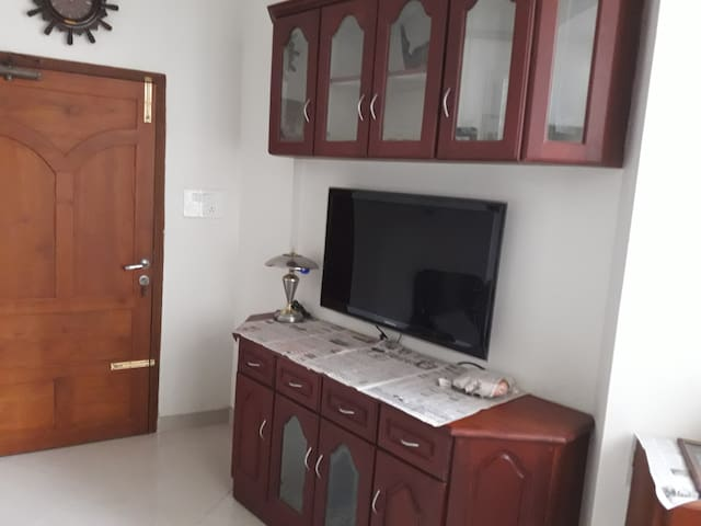 Apartment in Cochin A/C Rooms near Lulu Mall