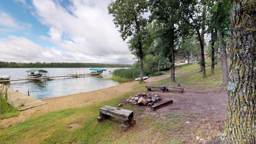 Island Lake Living at Thunderwood Lodge