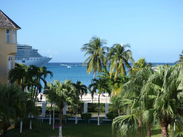Beach One Bedroom A29 - Ocho Rios