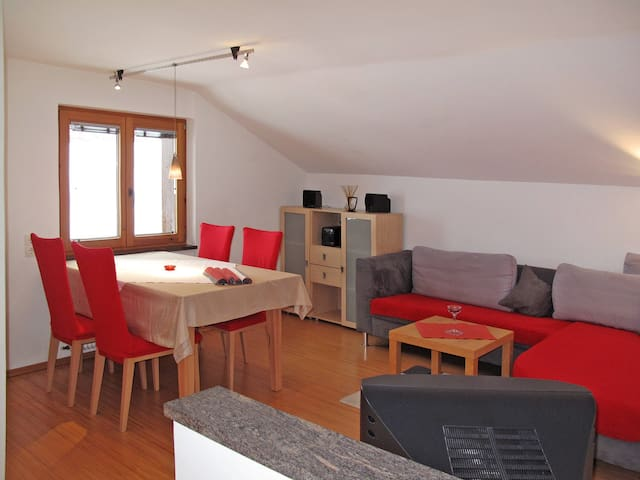 Apartment Haus Tyrol in Tobadill - Tobadill - Appartement