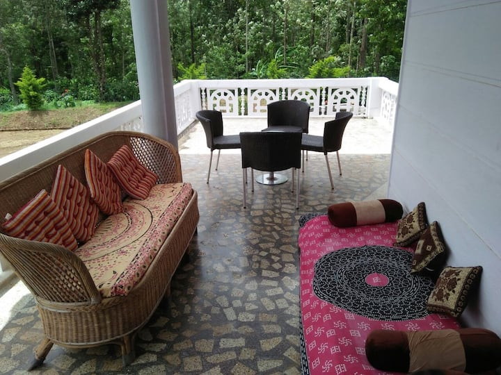 BlueBell Homestay located middle of coffee estate