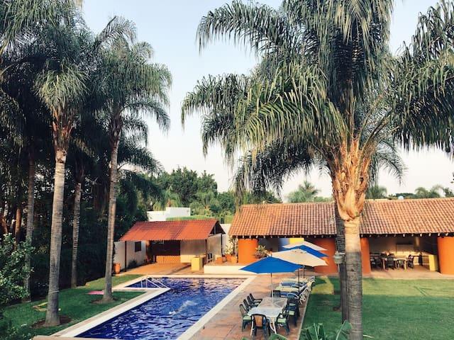 Casa estilo m xico contempor neo villas louer for Villas jazmin 2 yautepec