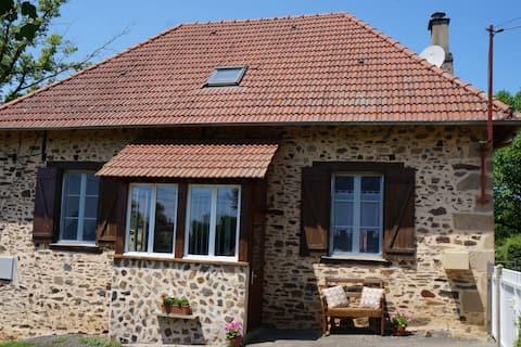 Maison à la campagne entièrement rénovée