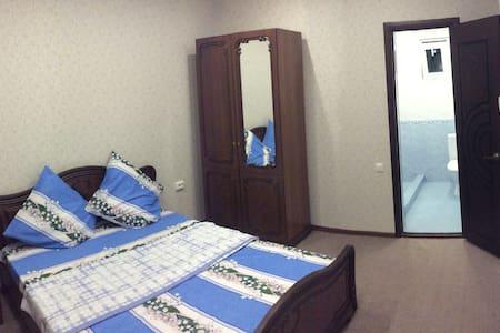 Люкс с двухспальной кроватью - Gantiadi