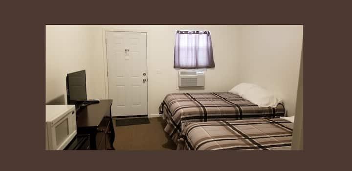 Lutes Bait and Escape (Guest Room #4)