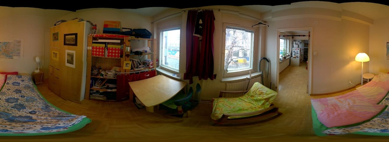 Laru cozy and bright two-room apartment - Helsinki - Apartemen