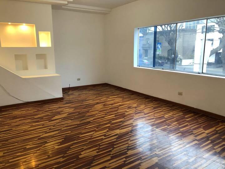 Tantra Yogi Meditation  Studio & Lounge