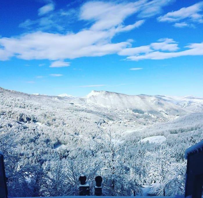 Vista mattutina dopo nevicata