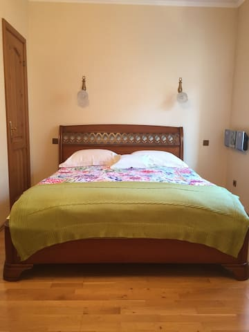 5**** COMFORTABLE PRIVATE BEDROOM HEART OF TALLINN - 塔林 - 公寓