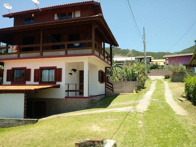 Casa praia Ricardo e Vanine na praia Gamboa