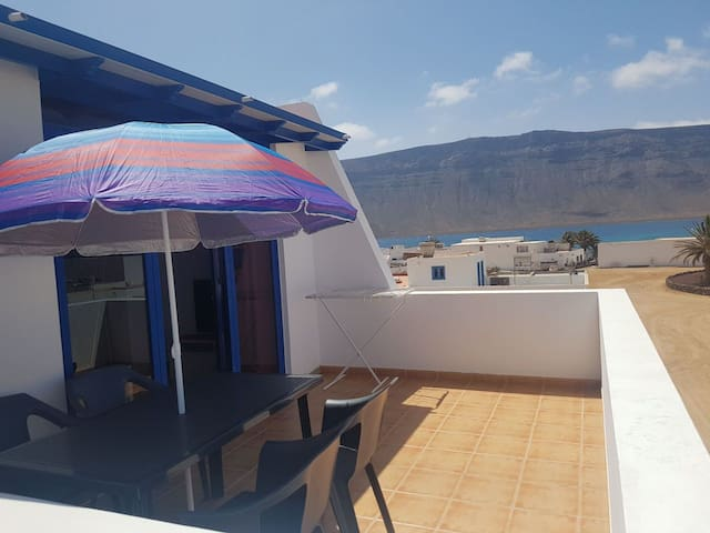 Bonito apartamento en  La Graciosa Caleta de sebo