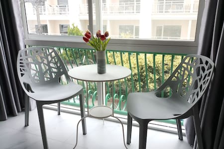 Nimman Super Condo Great location -Washer and Gym