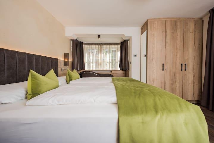 Hotel Linder  Premium Room