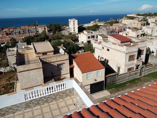 Maison avec une belle vue - figuier - 公寓