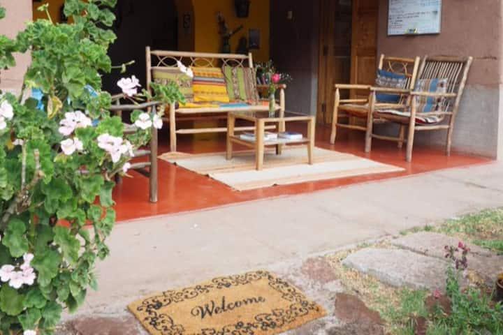 La Chakana Pisac Rm#2 dble bed w/garden view, desk