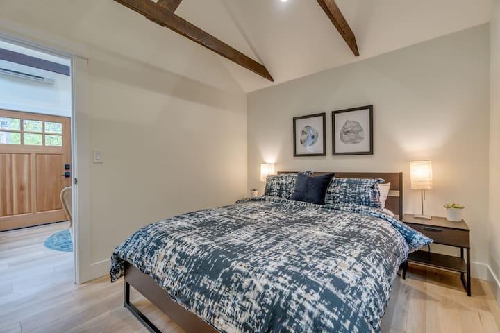 Extra comfy queen bed