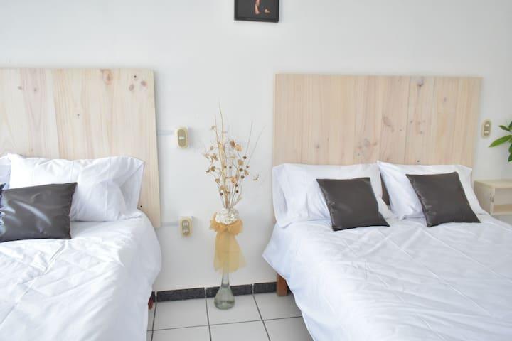Suites Los Álamos Tipo B&B Habitación doble