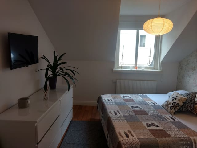 COZY & LUXURIOUS ROOM IN CENTRAL HELSINGBORG