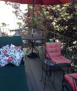 Convenient with comforts of home - Medford - Appartement