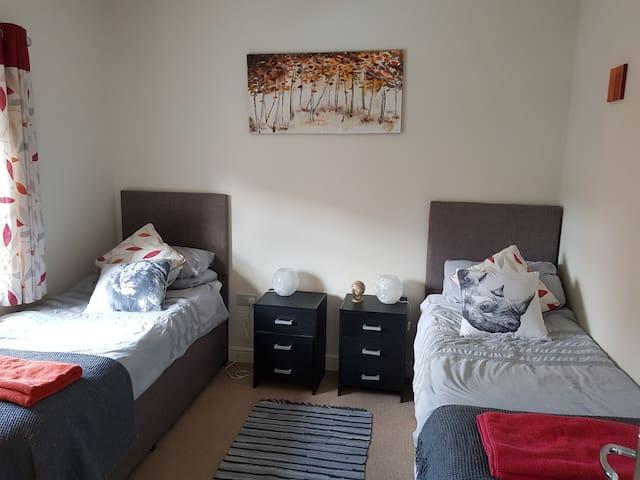 Biggleswade: Twin Bedroom