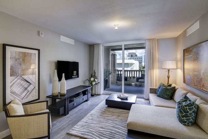 Entire apartment for you | 2BR in Coral Gables