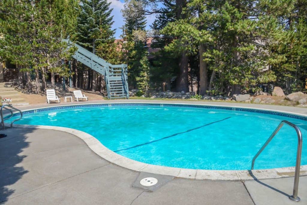 Take a DIP - Heated Pool (summer only), 2 HUGE Outdoor Hot Tubs (year-round)