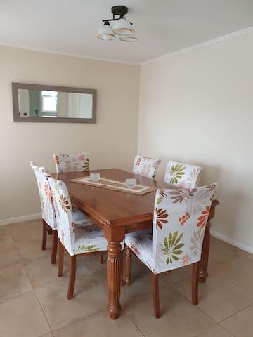 Hermosa Casa Nueva,, en exclusivo Barrio.