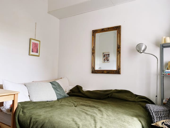 Cosy & friendly house in Fulham