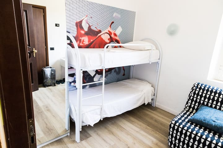 Camera privata per due persone affitto lungo