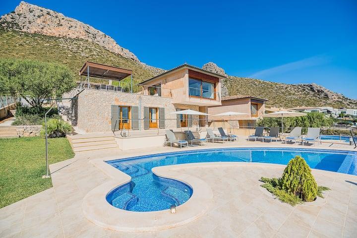 Luxury Villa in Puerto Pollensa