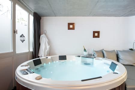 Suite avec Spa privatif 1 - Lille - Loft