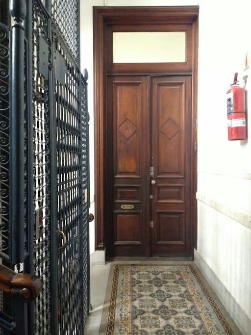 entrada del departamento