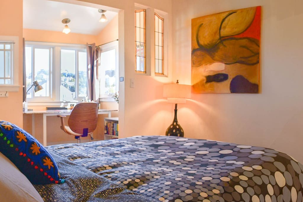 Guests can wake up to stunning views of SF from your comfortable queen-sized bed or sleep in thanks to the black-out curtains!