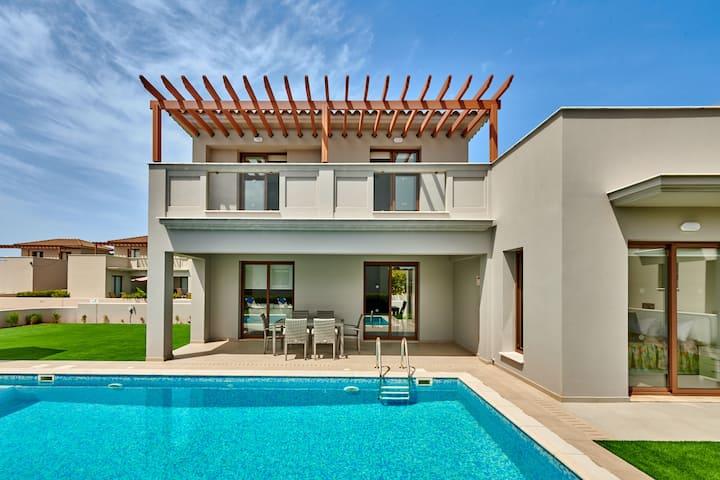 Angie Luxury Beach Villa D4