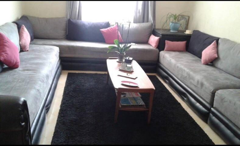 Appartement climatisé dans résidence sécurisée