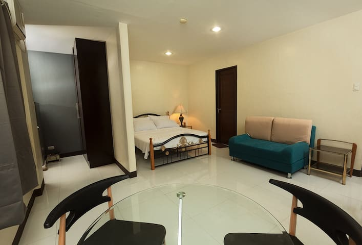 2nd flr Private Studio Apt, Banawa Labangon for 4