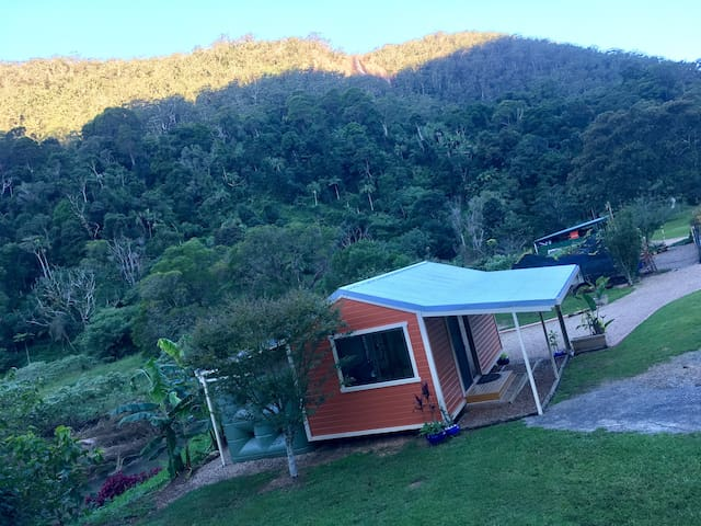 Coorumbena Eco-Cottage, privacy in paradise - Upper Wilsons Creek - Bungalow