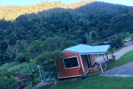 Coorumbena Eco-Cottage, privacy in paradise - Upper Wilsons Creek - 平房