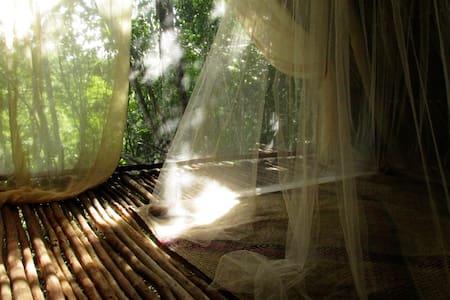 BAREFOOT jungle loft - Tulum